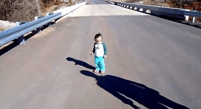 sombra bebe nino reaccion
