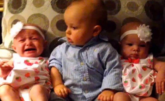 bebe gemelos