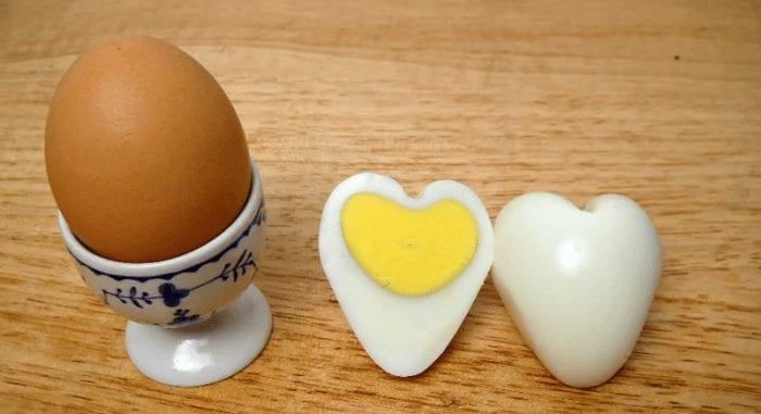 huevo forma corazon