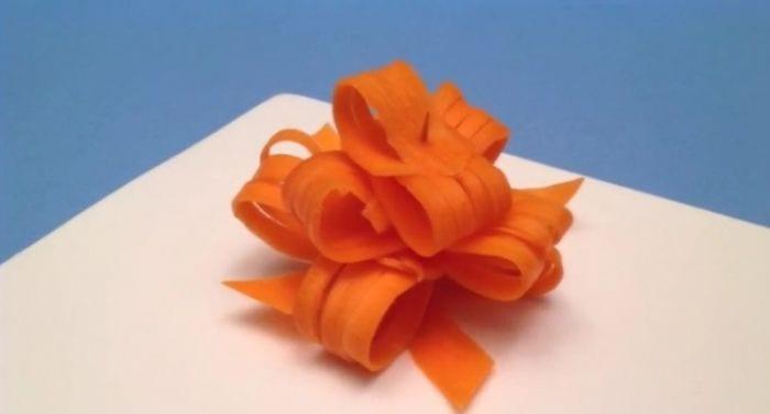 Aprende A Hacer Un Estupendo Lazo De Zanahoria Para Decorar Tus Platos Zanahoria as want to read original title. de zanahoria para decorar tus platos