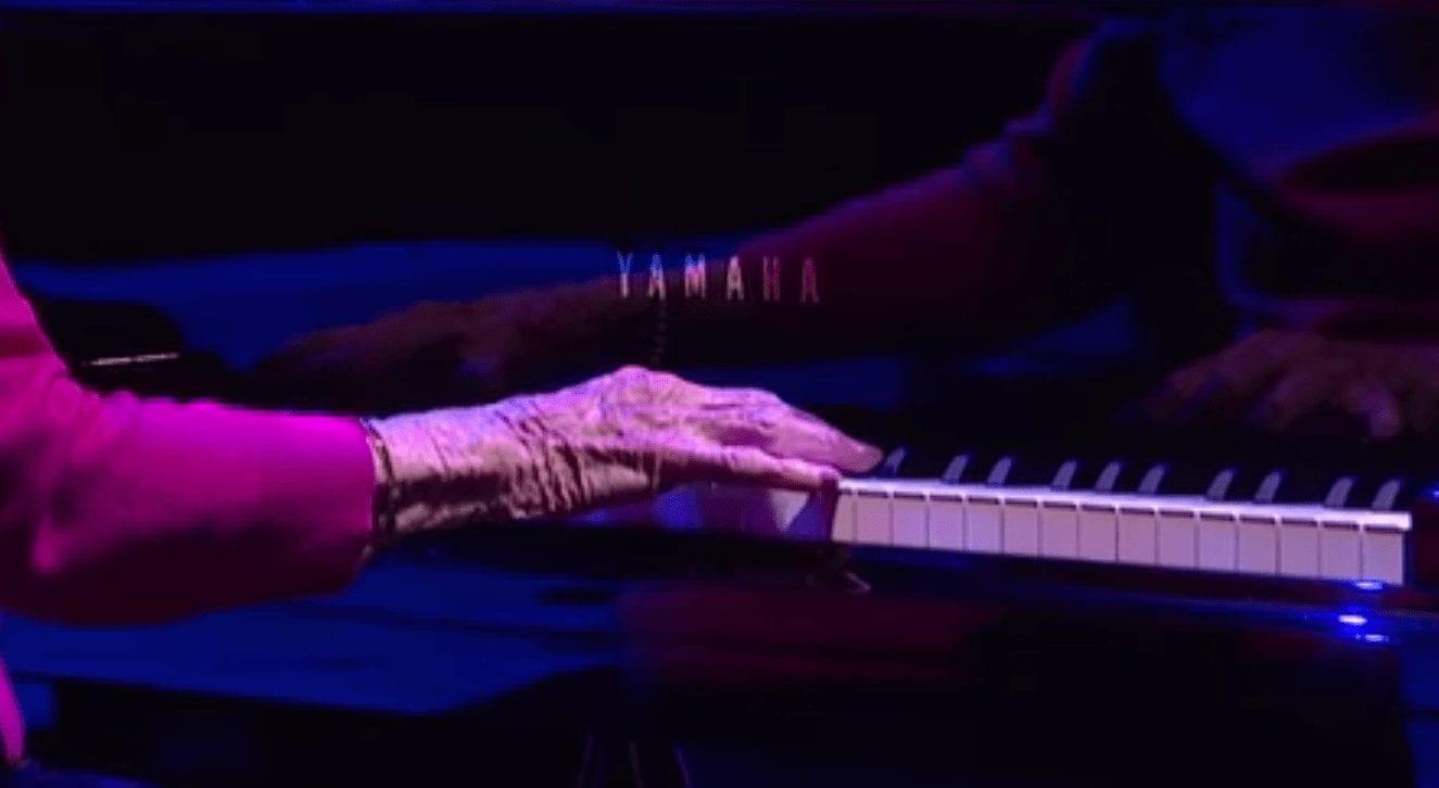 abuela-piano-02