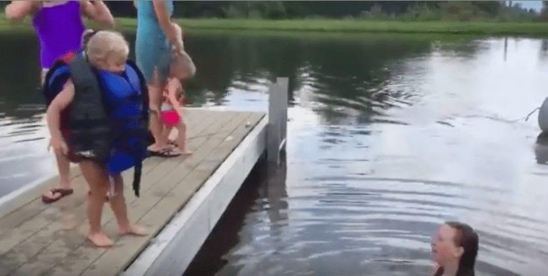 nina agua2