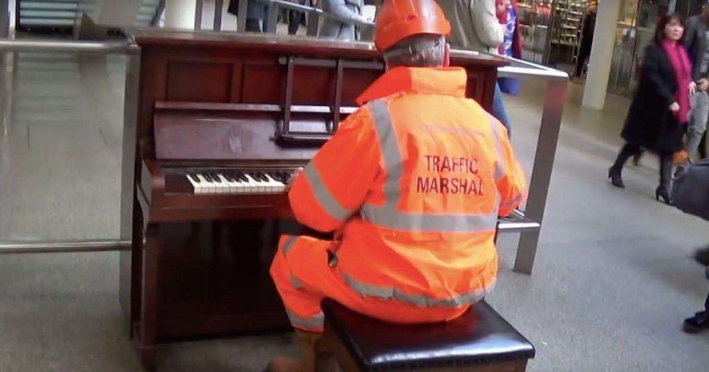 obrero piano