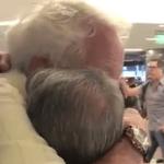 Tierno reencuentro entre un padre y su hijo con síndrome de Down