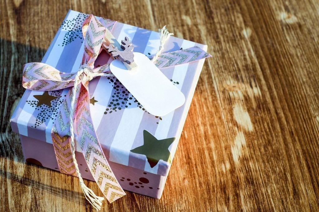 etiqueta decorativa regalo